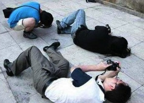 funny photographer poses