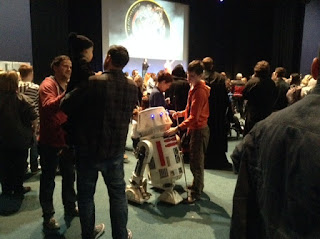 R5D4, Feel the Force Day 2015
