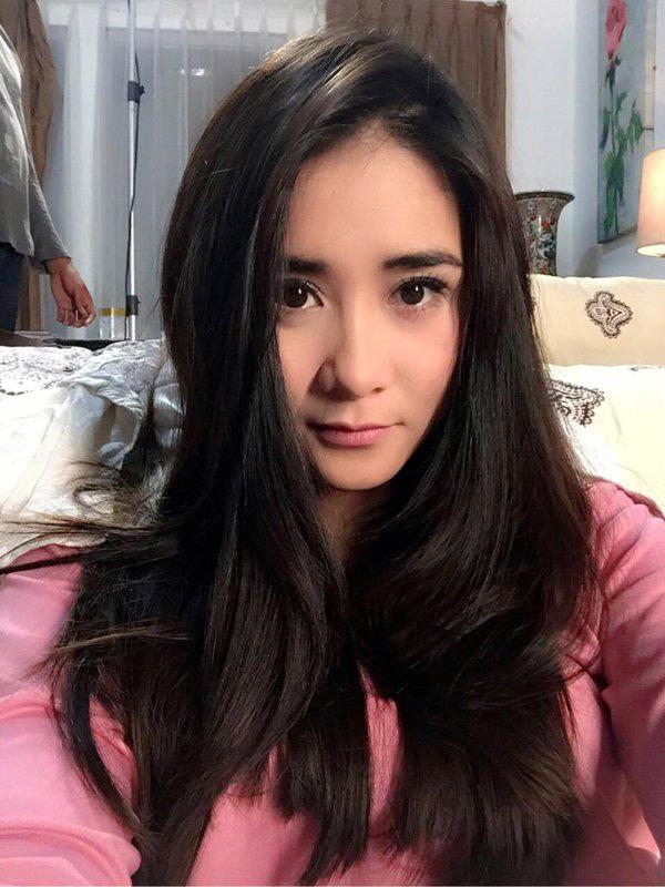 Artis FTv Cantik ryana dea mirip artis korea Artis FTv Cantik ryana dea maharani instagram baru bangun selfie tetap cantik