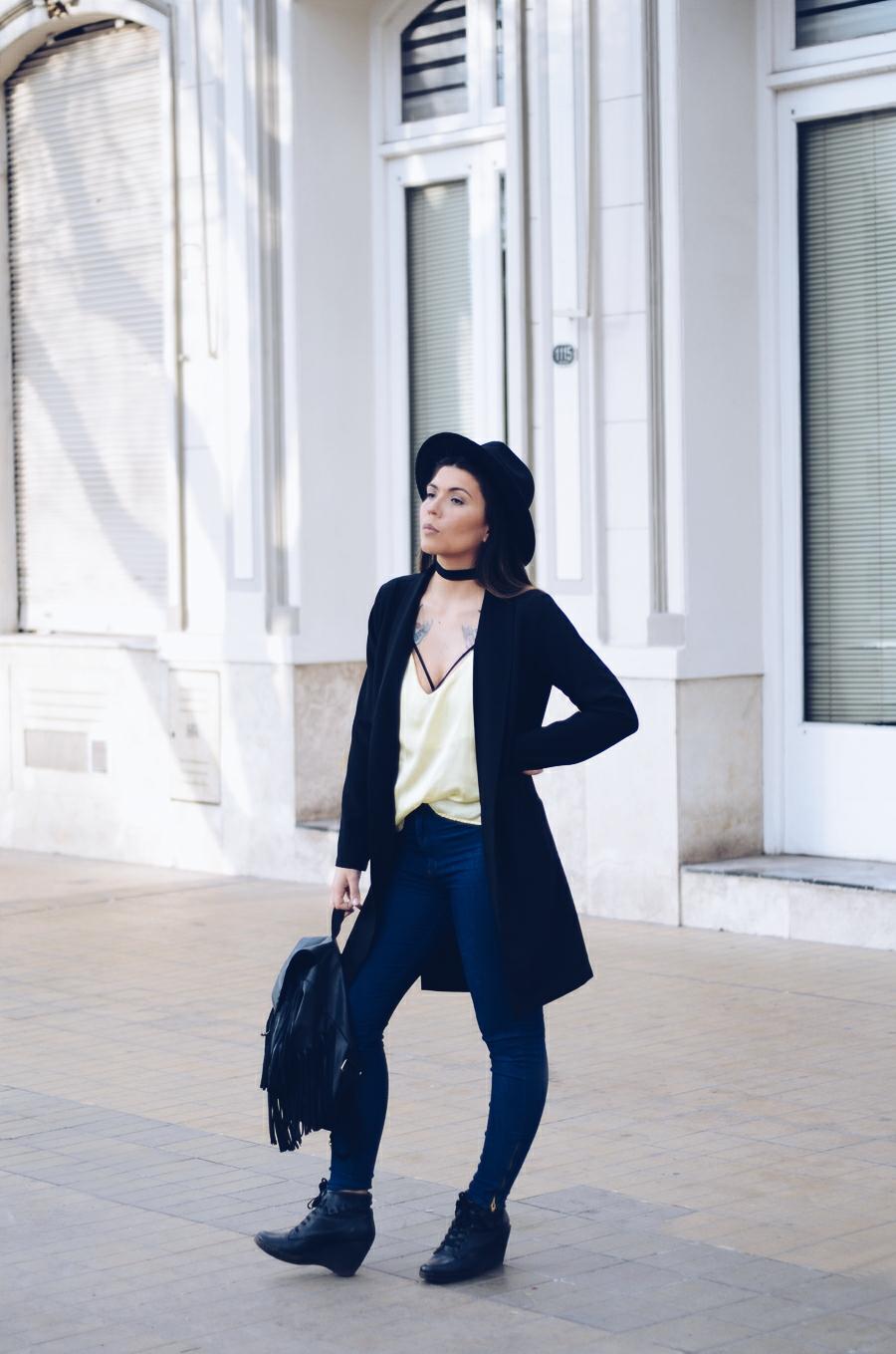 Outfit con bralette | Cassandra Valdes