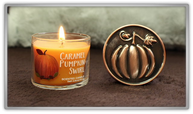 Bath and Body Works huge fall autumn Haul Review home fragrance BBW beauty blogger scented candle mini caramel pumpkin swirl cozy favorites