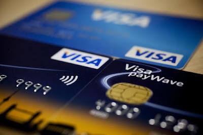 https://www.publico.pt/2017/05/17/economia/noticia/irregularidades-praticadas-pelos-bancos-no-credito-ao-consumo-duplicaram-1772423