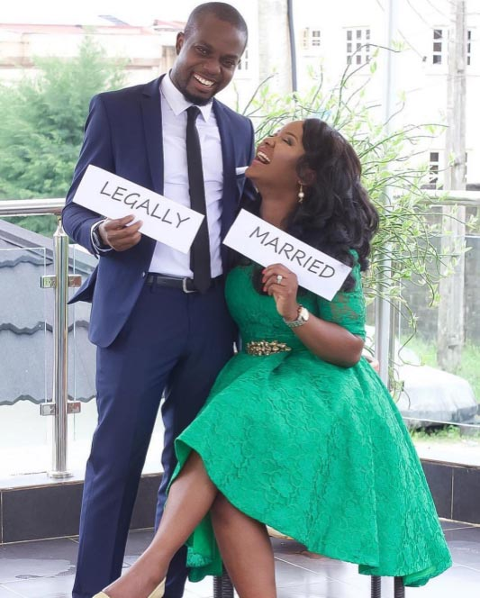 Aww! Check out this couple's adorable post-wedding photo