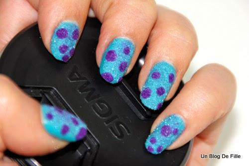 http://unblogdefille.blogspot.fr/2013/11/nail-art-disney-monstres-company.html