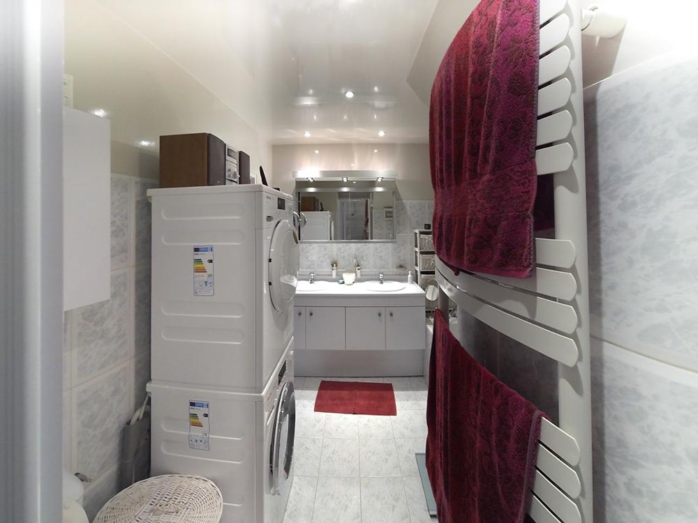 Art thisan salle de bain carrelage gris meuble vasque - Placard miroir salle de bain ...