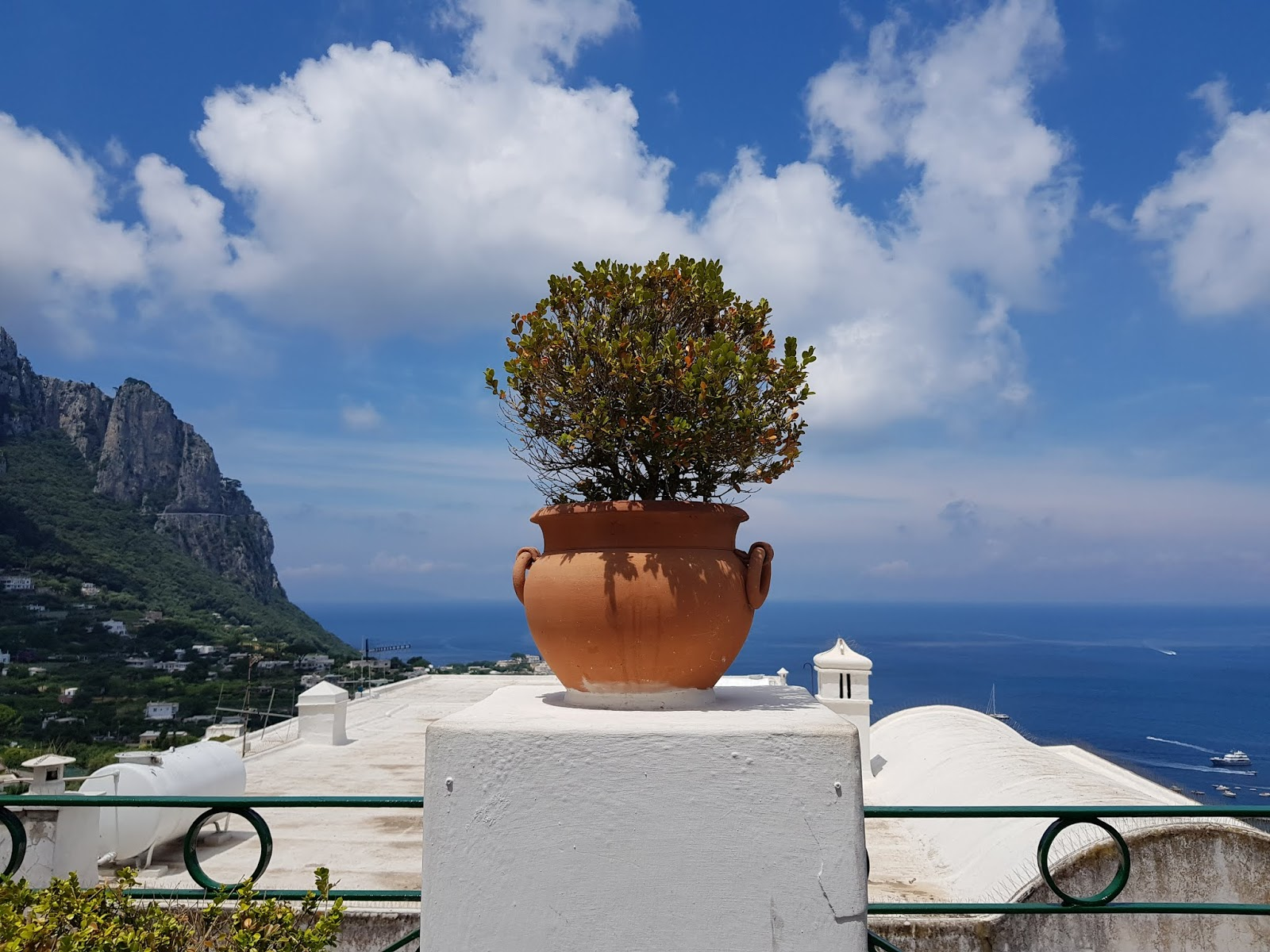 italy holiday capri view scenery what learn during travel