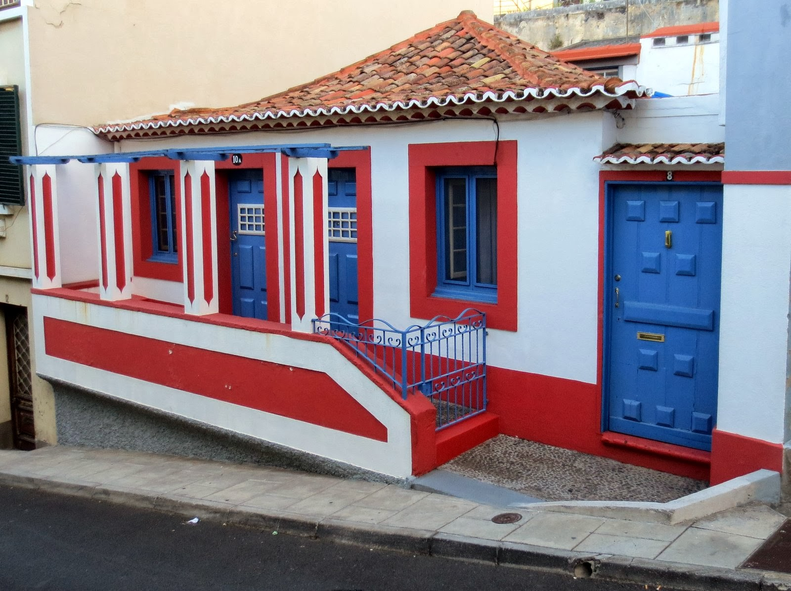 colorful house in a Funchal road
