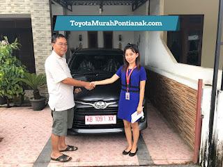 Pak Agus beli Agya 1.2 G M/T warna abu-abu gelap - Harga Toyota di Pontianak