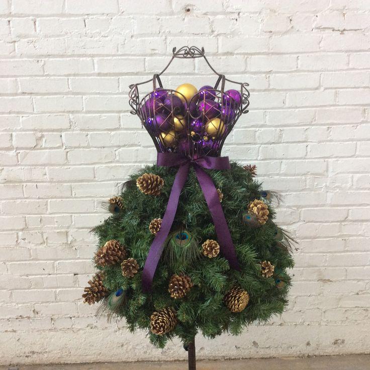 35949abec Emma Bolt Trends  ¿Árbol de navidad o vestido