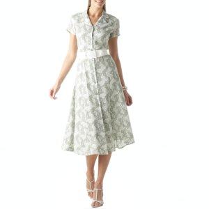 3dca1eba85c6 Há diversas formas de usar os vestidos anos 50. Uma combinação interessante  é usar estes vestidos com boleros, uma soma que marcou a moda feminina de  um ...
