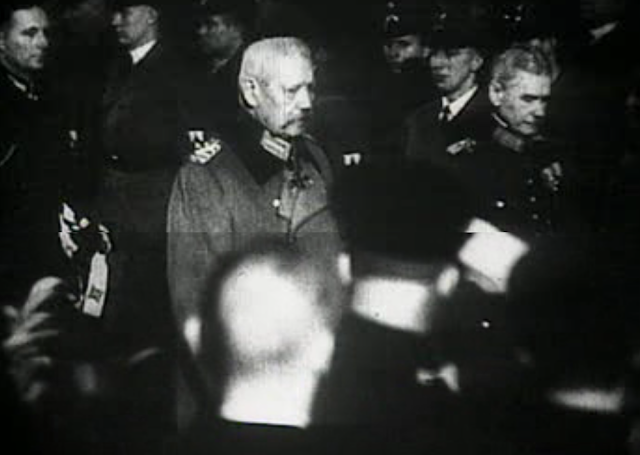 NAZI dan Adolf Hitler Mulai Berkuasa