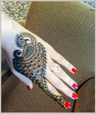 Classic Peacock Tail beautiful mehndi designs for brides, weddings, parties, festivals