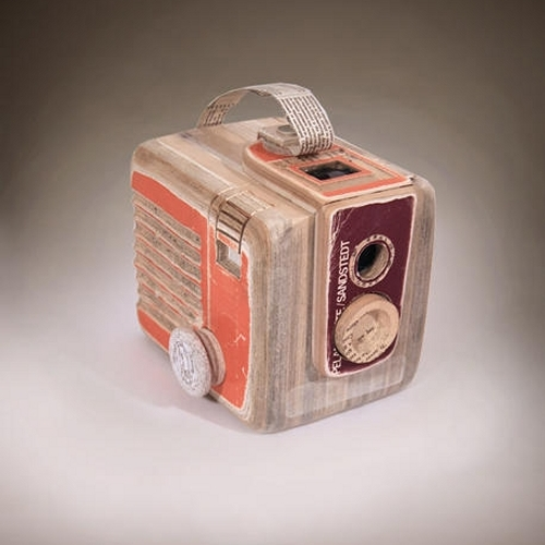09-Brownie-Hawkeye-Ching-Ching-Cheng-Vintage-Camera-Sculptures-Made-of-Books-and-Maps-www-designstack-co
