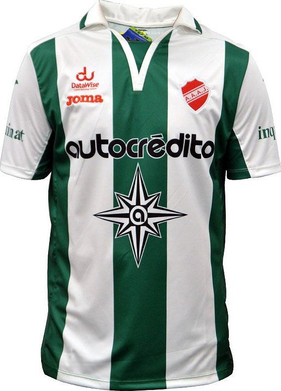 740b488914 Joma lança camisa comemorativa a fundação do Argentinos Juniors ...