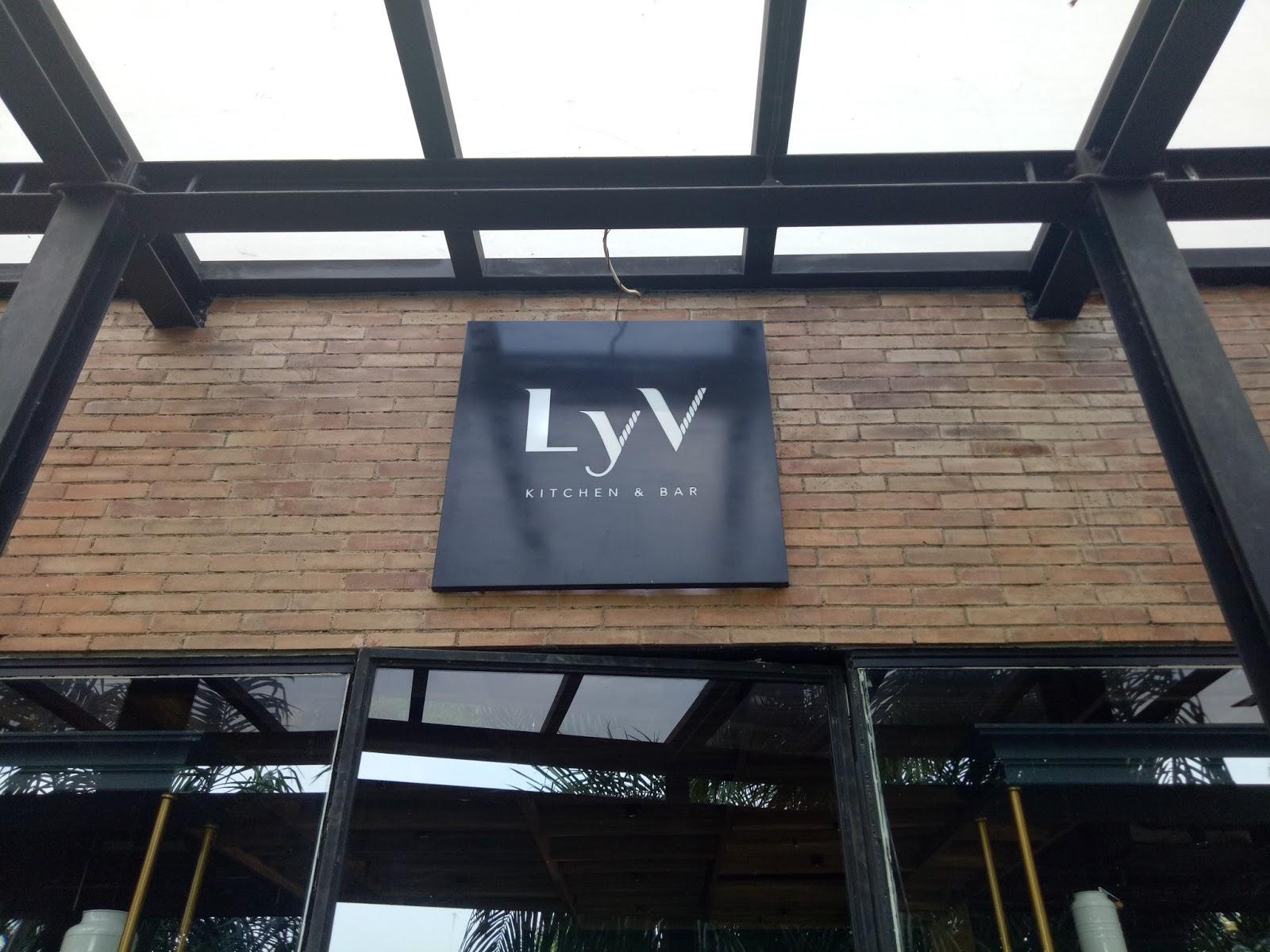 Mau Makan Enak di Tempat yang Nyaman  Pilih aja Lyv Kitchen di Jababeka  Cikarang a7c7dc52b1