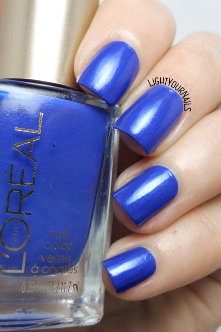 Smalto blu L'Oreal Rebel Blue-Notting Hill Blue nail polish #loreal #lightyournails #nails #unghie