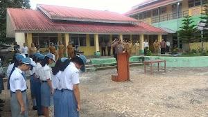 Kapolres Nias Selatan jadi Inspektur Upacara di SMA Negeri 1 Teluk Dalam