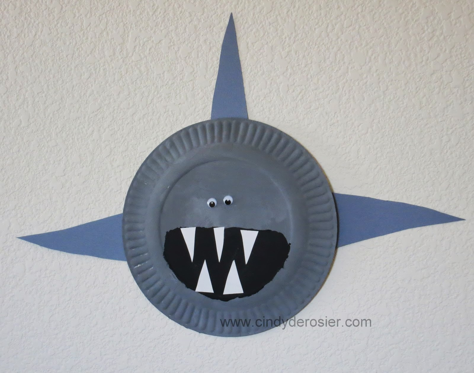 Cindy Derosier My Creative Life Paper Plate Sharks