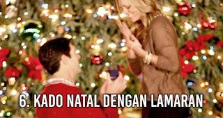 Kado Natal dengan Lamaran