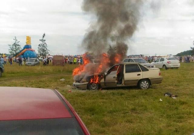 В Башкирии на сабантуе сгорел автомобиль