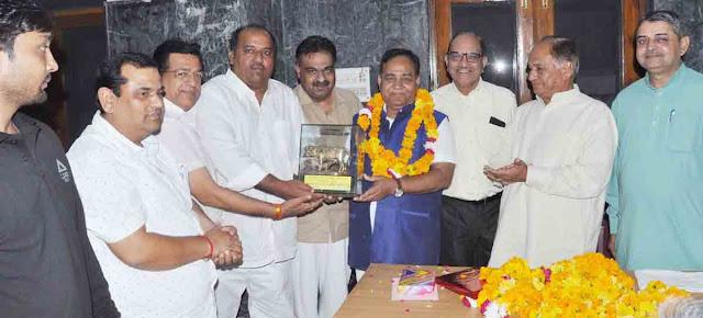 farewell-party-for-scientist-gana-shankar-mishra-at-rajasthan-bhawan-faridabad