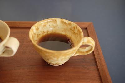 生坂村の白日窯のコーヒーカップ