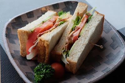 安曇野サロン・ド・テ フルーヴ ひとつ石のメニュー開発 サンドイッチ