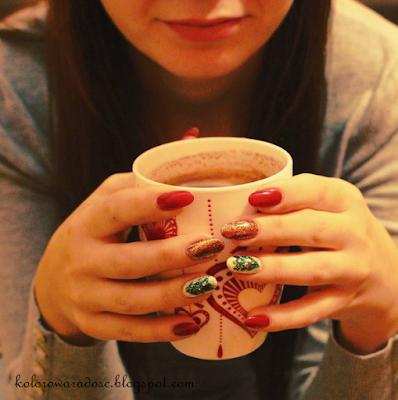 https://www.instagram.com/p/_jlVmrKQ6A/?taken-by=kolorowaradoscbeautyblog