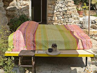 Montalcino Bassetti Granfoulard. Colcha