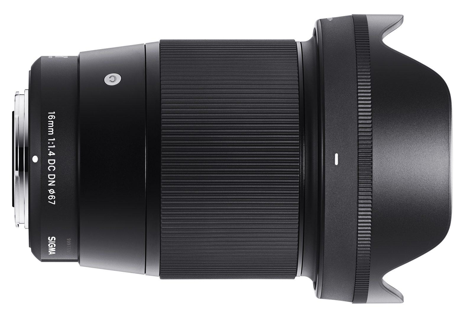 Объектив Sigma 16mm f/1.4 DC DN с блендой