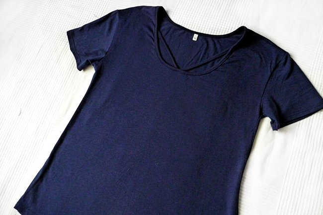 rosegal.com Simple Cut Out Solid Color T-Shirt For Women