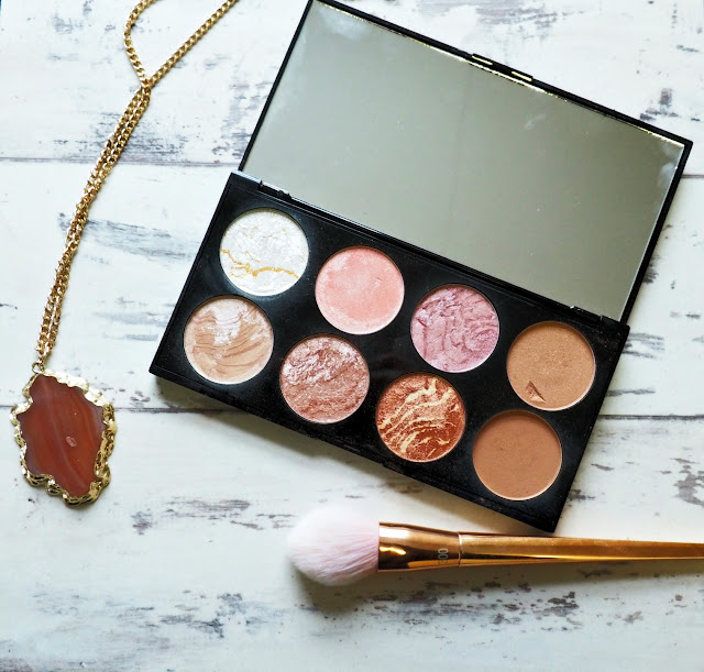 Make Up Revolution Golden Sugar Palette