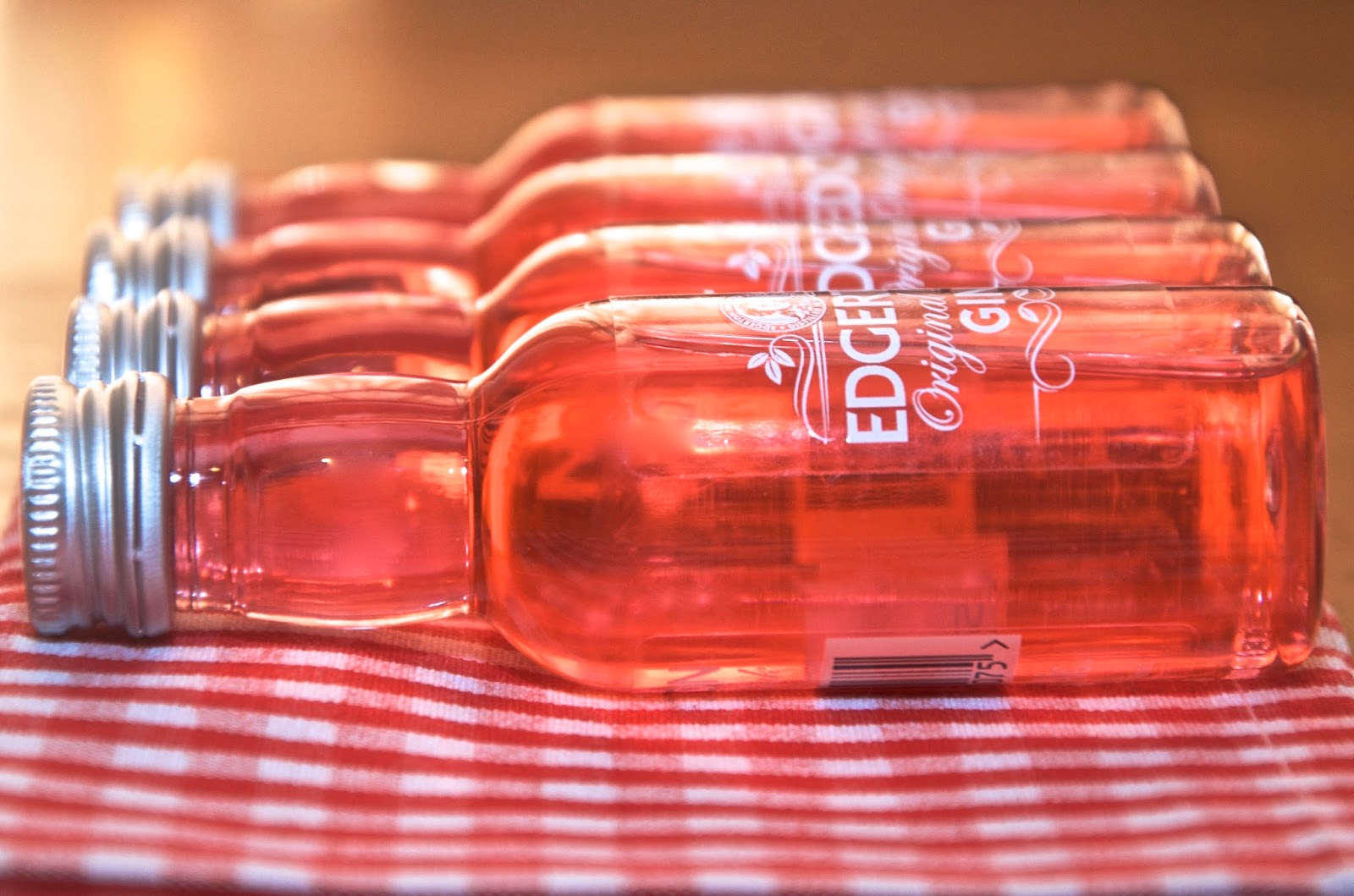 Edgerton Pink Gin on red gingham mat