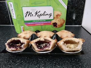 Mr Kipling Fruit Pie Review