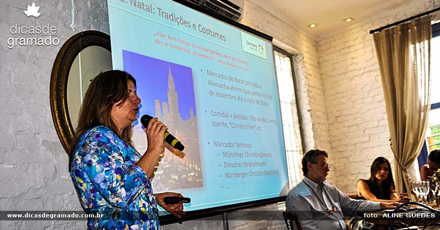 Margaret Grantham, diretora do DZT na América do Sul, apresentando as tradições e cultura da Alemanha.