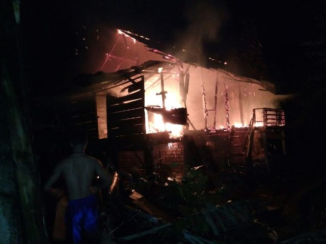 Arus Pendek Listrik, Rumah Warga Kagungan Ludes Terbakar
