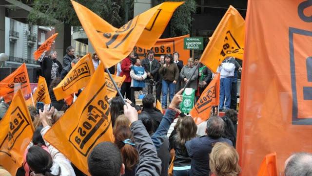 Miles de médicos realizarán paro nacional en Argentina