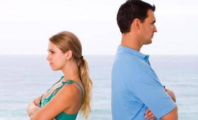 4 Tanda Hubungan Anda Akan Segera Putus