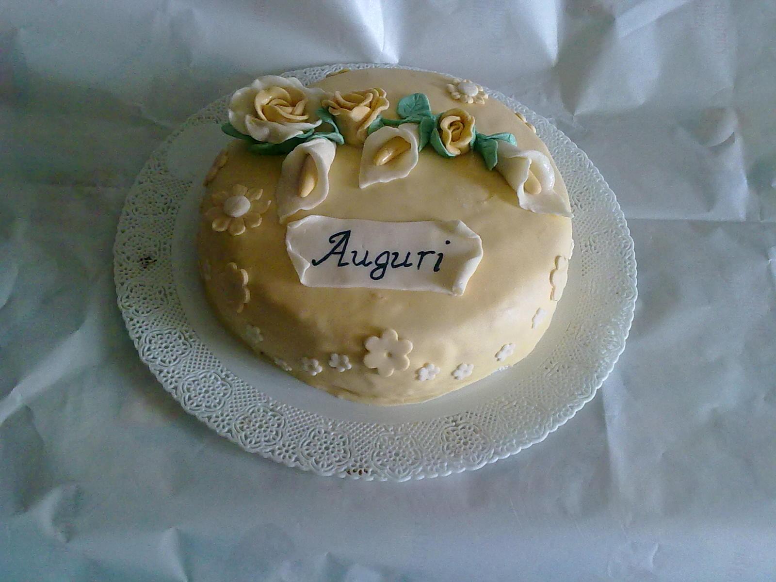 Mazzo Di Fiori Con Pasta Di Zucchero.Dolcicreazioni Torte E Bijoux Torta Bouquet Di Fiori Rose E