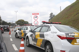 Granja Viana: Polícia prende dois indivíduos, após tentativa de roubo no km 22,8