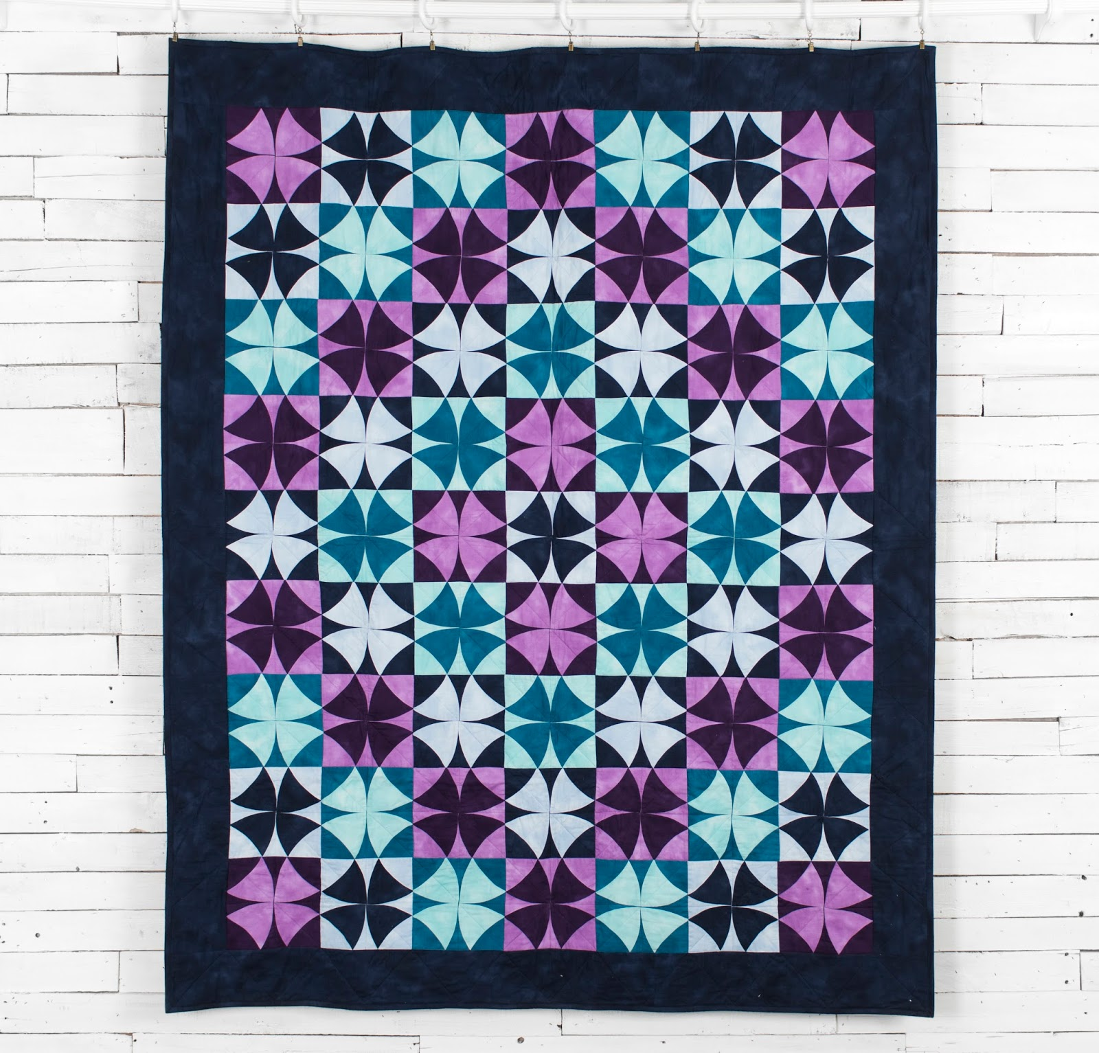 Craftsy kits and patterns for Galaxy quilt fabric