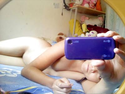 Gambar telanjang Bikin Sange