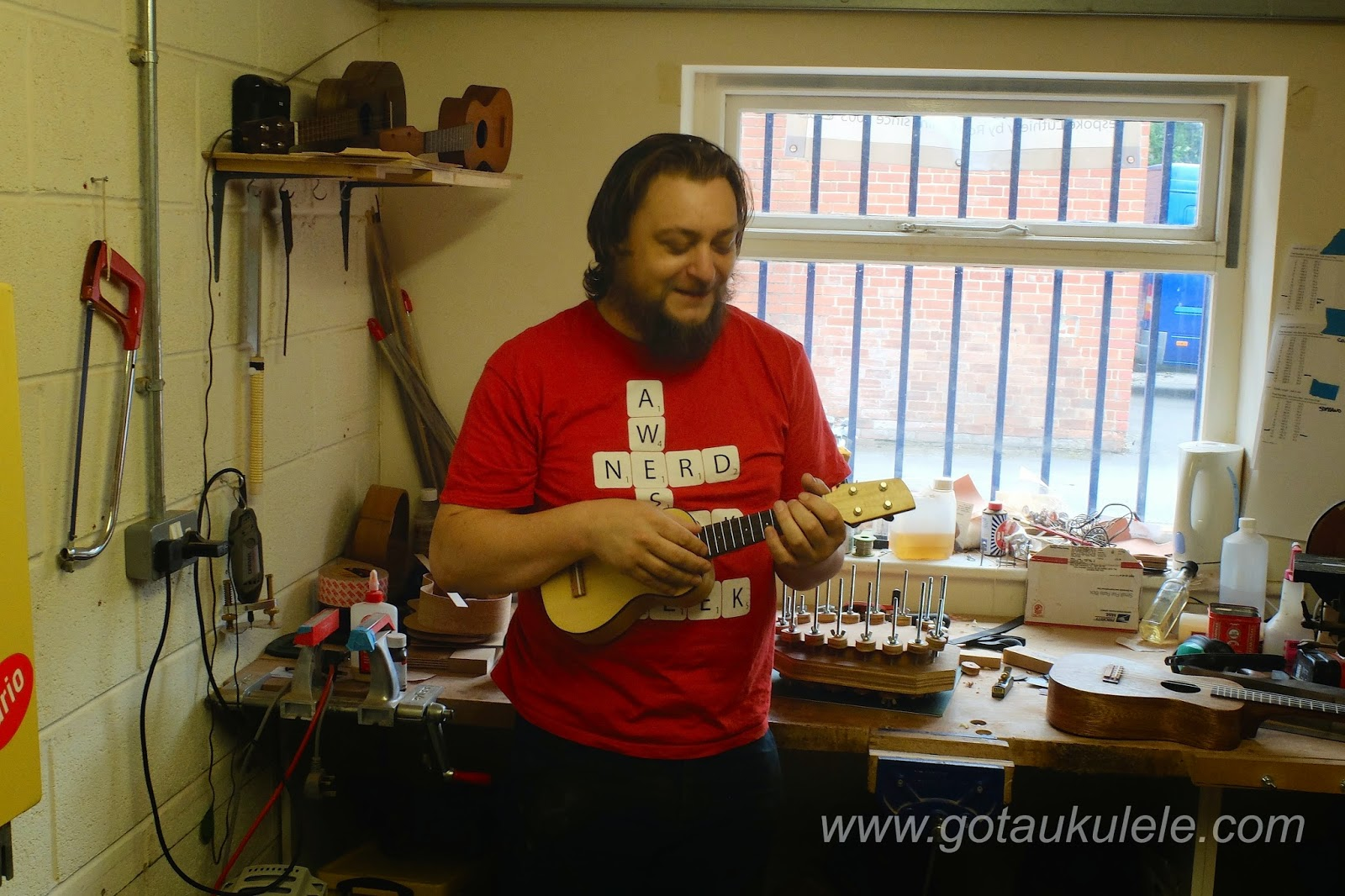 Rob Collins in the Tinguitar workshop
