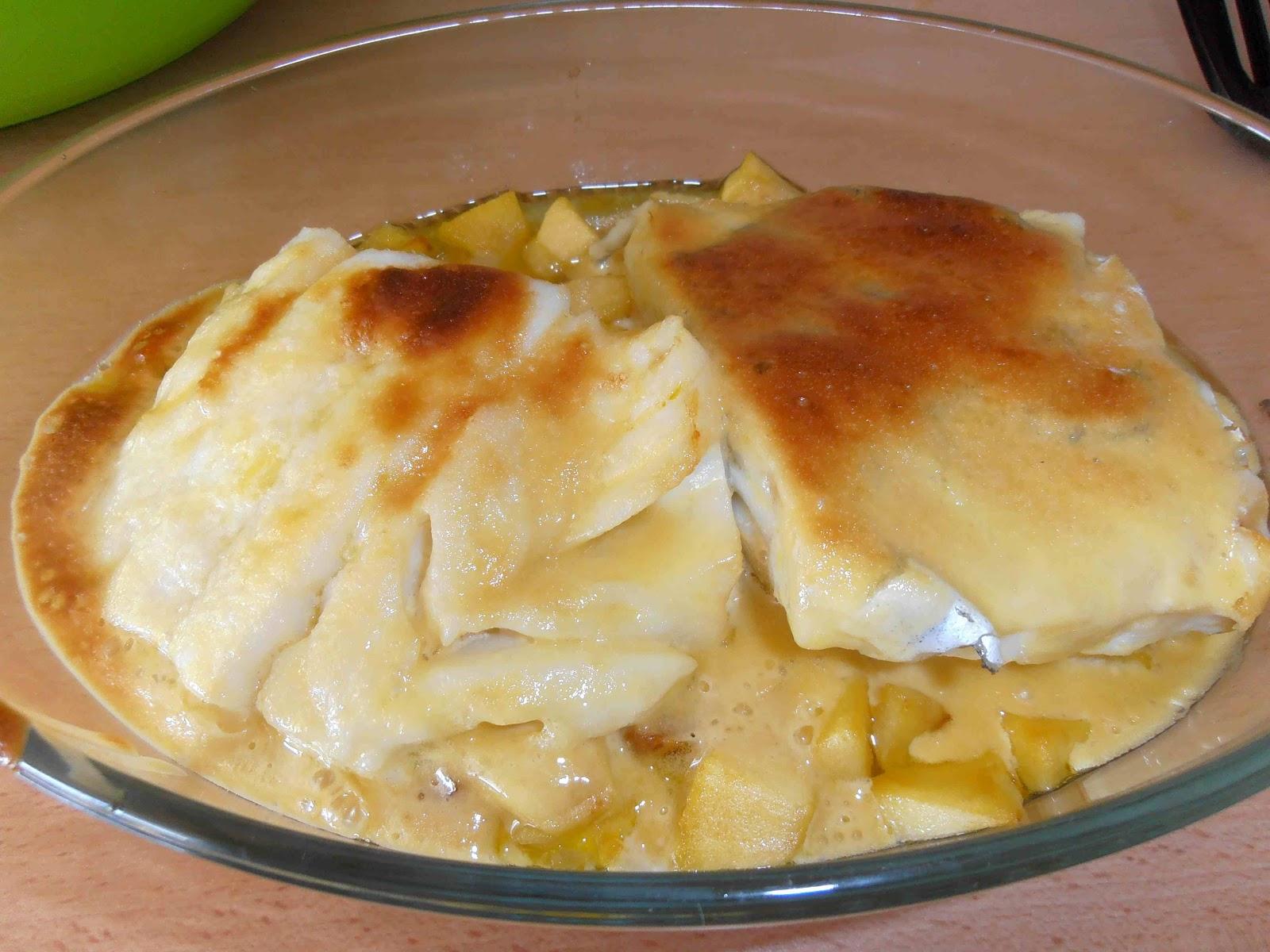 Bacalao confitado con manzana y muselina de miel for Cocinar cocochas de bacalao