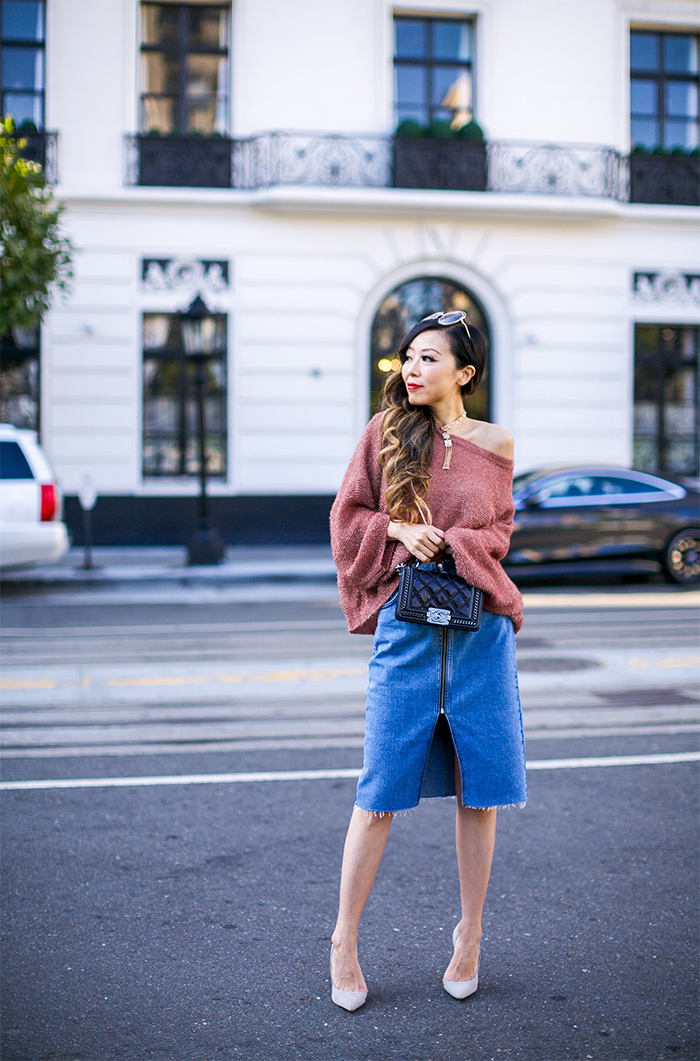distressed knit top, off shoulder oversized knit top, zipper denim skirt, tassel choker necklace, kendra scott heidi choker necklace, chloe sunglasses, chanel boy bag, schutz pumps, san francisco street style, san francisco fashion blog, fall outfit ideas