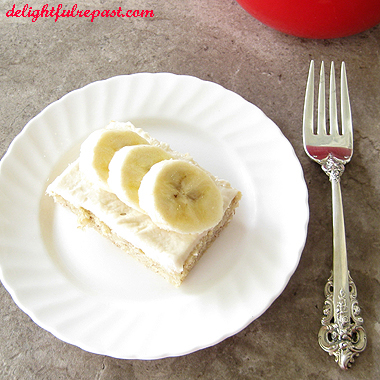 Banana Sheet Cake - Cream Cheese Frosting - made in a half-sheet pan, feeds a crowd and freezes beautifully! / www.delightfulrepast.com