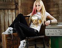 Avril Lavigne-2016