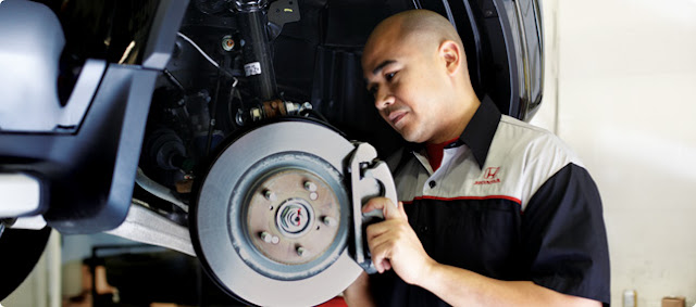 Signs Your Brakes Need Service & More Tips for Brake Safety Awareness