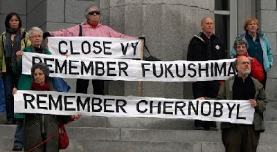 vigília para recordar o 25 º aniversário do desastre em chernobyl