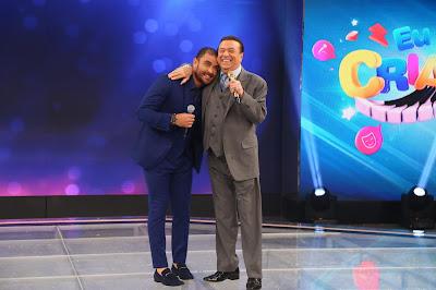 Diogo Nogueira e Raul Gil  (Crédito: Artur Igrecias)